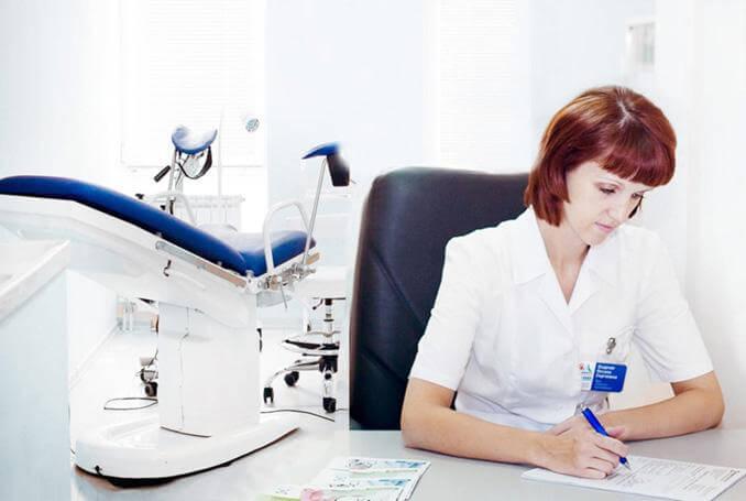 После обследования гинеколог может назначить дополнительные диагностические манипуляции