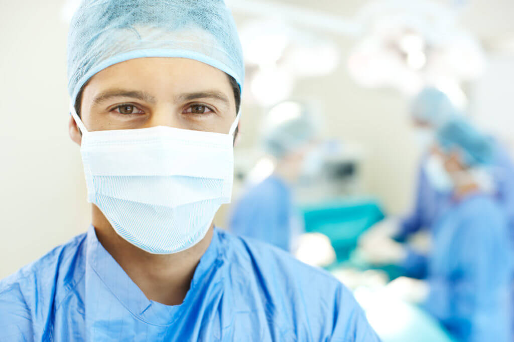 Оперативное вмешательство - крайний метод лечения заболевания